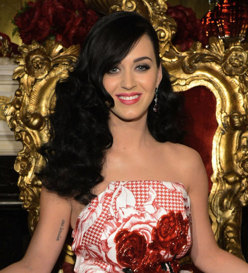 katy-perry-killer-queen-fragrance-launch