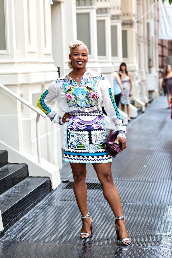 https://i2.wp.com/fashionbombdaily.com/wp-content/uploads/2013/06/4-Claire-Sulmers-Mary-Katrantzou-shirt-skirt-proenza-schouler-silver-sandals-plum-bag-fashion-bomb-daily.jpg?resize=600%2C900