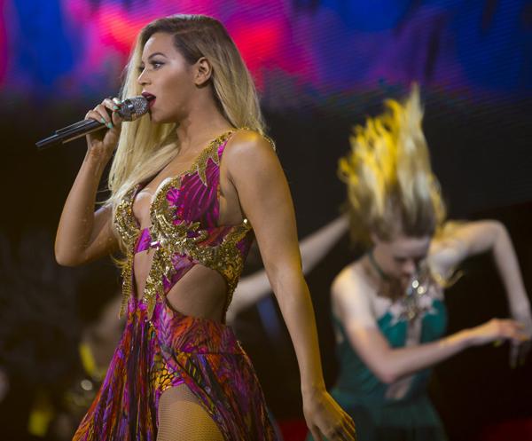 Beyonce-Roberto-Cavalli-Mrs-Carter-Show-World-Tour
