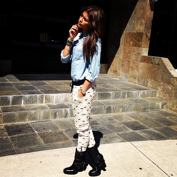 zendaya-coleman-topshop-moto-blue-denim-oxford-shirt-quilted-dog-print-joggers-miu-miu-harness-boots