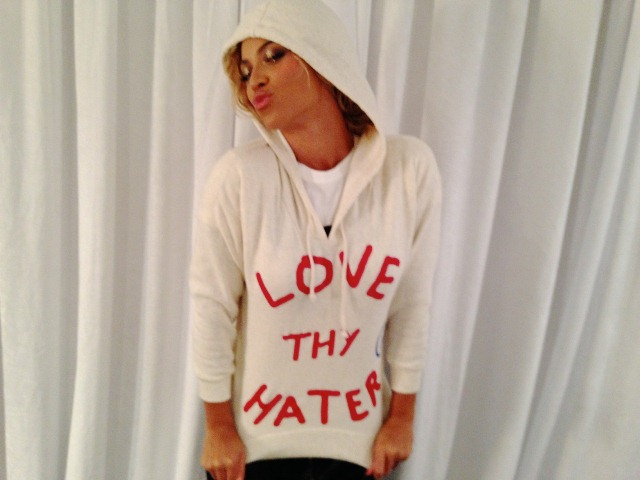 beyonce-tumblr-love-thy-hater-hoodie-gifted-apparel