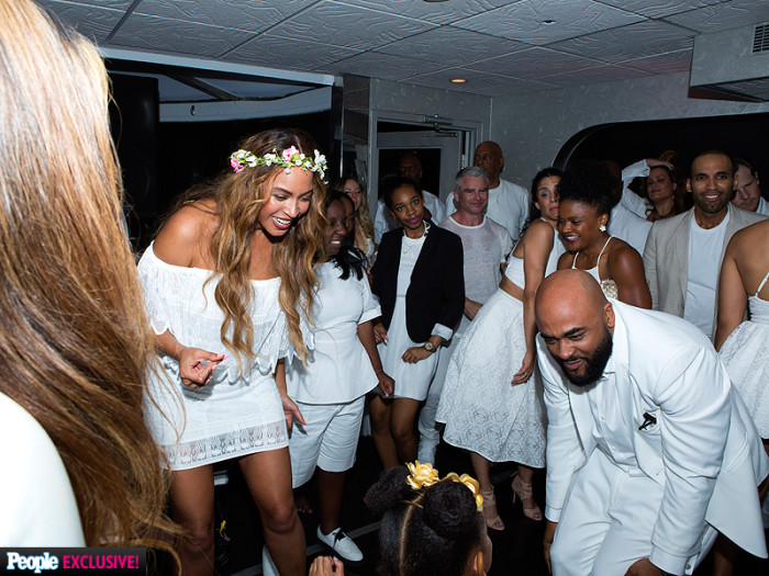 3  tina knowles kelly rowland solange knowles beyonce lawson angie beyince richard lawson wedding