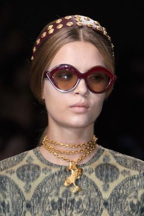 Valentino ss 2014 studded hair accessories and lip sunglasses