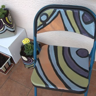 DIY Patio Chair Decoration with Matching DIY Flower Pots