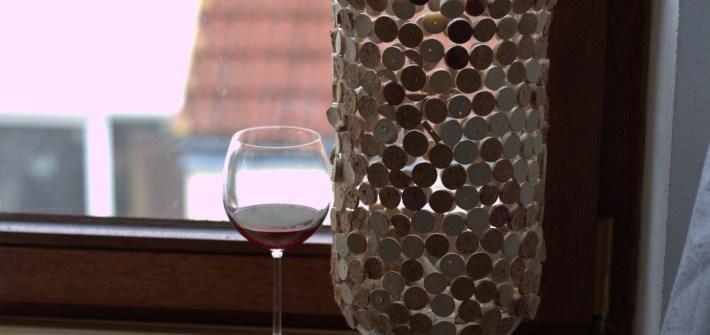 Easy Wine Corks DIY Vase Decoration