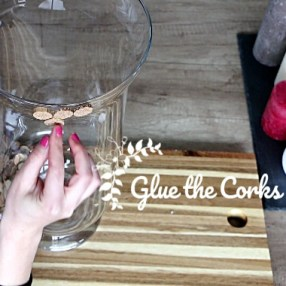 Easy Wine Corks DIY: Gluing Corks on Vase