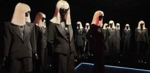 exposition Betty Catroux, Yves Saint Laurent Féminin singulier