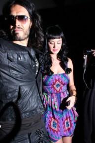795_Russell-Brand-fiance-Katy-Perry-enjoy-night-