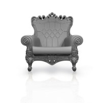 LINVIN-love-chair-at-BOBBY-BERK-HOME-in-HOME-or-HOMME-for-the-holidays-on-fashiondailymag.com_