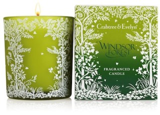 windsor-candles-at-CRABTREE-+-EVELYN-in-HOME-for-the-HOLIDAYS-on-fashion-daily-mag1