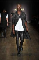 TRUSSARDI-FALL-WINTER-2011-2012-look-3-on-fashion-daily-mag