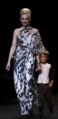LAMB-FW-2011-MERCEDES-BENZ-FASHION-WEEK-NEW-YORK-5-photo-nowfashion.com-on-fashion-daily-mag