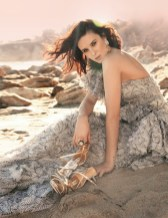 RUMER-WILLIS-6-for-BADGLEY-MISCHKA-ad-photo-courtesy-of-badgley-mischka-on-fashiondailymag.com_