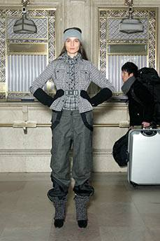 05-MONCLER-F2011-FDM-selection-photo-publicist-on-fashiondailymag.com-brigitte-segura