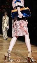 11-DRIES-VAN-NOTEN-FALL-2011-PARIS-PHOTO-NOWFASHION.COM-ON-FASHIONDAILYMAG.COM-BRIGITTE-SEGURA