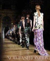20-DRIES-VAN-NOTEN-FALL-2011-PARIS-PHOTO-NOWFASHION.COM-ON-FASHIONDAILYMAG.COM-BRIGITTE-SEGURA