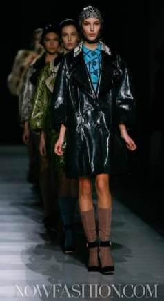 33-PRADA-FW2011-MILAN-fdm-runway-selection-brigitte-segura-photo-nowfashion.com-on-fashiondailymag