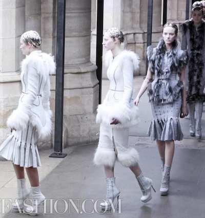ALEXANDER-McQUEEN-FALL-2011-paris-runway-selection-brigitte-segura-photo-3-nowfashion.com-on-fashion-daily-mag