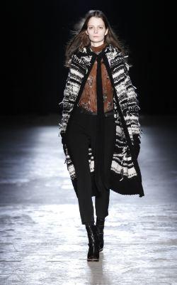 EDUN-FALL11-sweater-photo-publicist-on-fashiondailymag.com-brigitte-segura