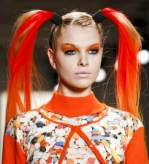 JEREMY-SCOTT-orange-PIGTAILS-2-on-the-fall-runway-on-FDM-photo-nowfashion