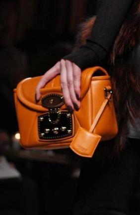LOEWE-F2011-runway-selection-by-brigitte-segura-photo-8-nowfashion.com-on-FashionDailyMag