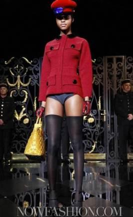 LOUIS-VUITTON-fall-2011-fdm-selection-brigitte-segura-photo-9-nowfashion.com-on-fashiondailymag