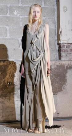 MAISON-MARTIN-MARGIELA-FALL-2011-PARIS-runway-selection-brigitte-segura-photo-5-nowfashion.com-on-FashionDailyMag