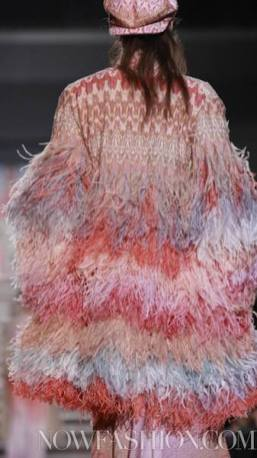MISSONI-F2011-runway-milan-photo-15-nowfashion.com-on-fashiondailymag.com-brigitte-segura