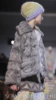 MISSONI-F2011-runway-milan-photo-16-nowfashion.com-on-fashiondailymag.com-brigitte-segura