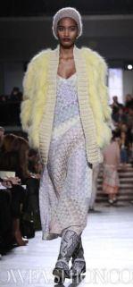 MISSONI-F2011-runway-milan-photo-7-nowfashion.com-on-fashiondailymag.com-brigitte-segura