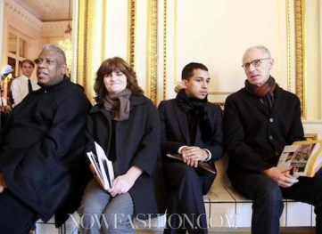 andre-leon-talley-and-friends-at-BALENCIAGA-fall-2011-presentation-photo-nowfashion.com-on-FashionDailyMag