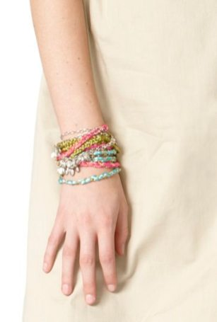 CALYPSO-st-BARTH-x-TARGET-collaboration-for-spring-bracelets-on-FDM