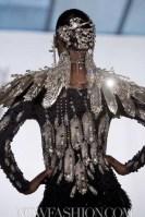 ON-AURA-TOUT-VU-spring-2011-runway-paris-sel-brigitte-segura-photo5-nowfashion-in-BLING-on-hair-trends