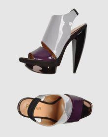 Pollini-Shoes-on-www.fashiondailymag.com-by-Brigitte-Segura