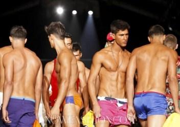 fdm-LOVES-selection-Dsquared2-MENS-SS2012-milan-photo-9-NowFashion-on-FashionDailyMag.com-Brigitte-Segura