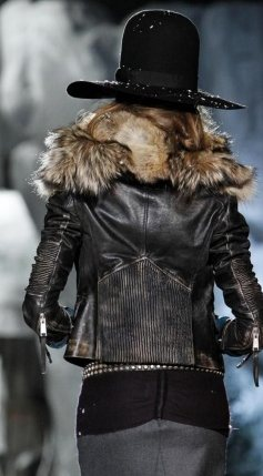 FashionDailyMag-Dsquared2-details-sel-10-fall11-runway-p-NowFashion-on-FDM-loves