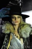 FashionDailyMag-Dsquared2-details-sel-2-fall-2011-12-runway-photo-NowFashion-on-FDM-loves