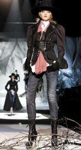 Dsquared2-fall-2011-FDM-selection-brigitte-segura-photo-32-REGIS-nowfashion.com-on-fashion-daily-mag