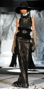 Dsquared2-fall-2011-FDM-selection-brigitte-segura-photo-35-REGIS-nowfashion.com-on-fashion-daily-mag
