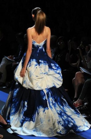 MONIQUE LHUILLIER SM spring 2012 FashionDailyMag sel ph frazer harrison getty