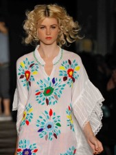 WGACA-spring-2012-cl-fashiondailymag-sel-22-photo-randy-brooke-on-FDM