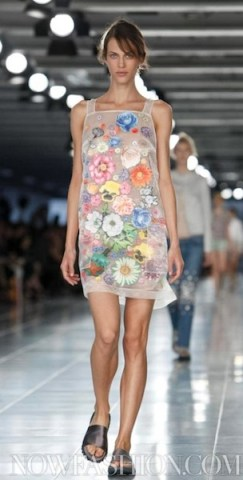 fdm LOVES christopher kane spring 2012 LFW ph 3 nowfashion