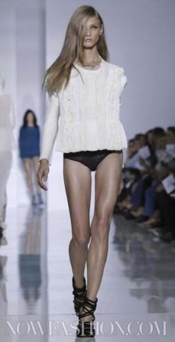 KANYE WEST sel 10 FashionDailyMag photo NowFashion