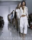 KANYE WEST sel 12 FashionDailyMag photo NowFashion