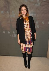 drew-barrymore_wearing-marni-at-hm-on-FashionDailyMag