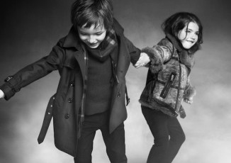 BURBERRY-KIDS-FALL-2012-4-YR-COUPLE-FASHIONDAILYMAG