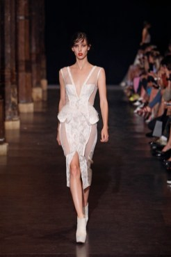 Basil Soda Fall 2012 Haute Couture fashiondailymag selects Look 19