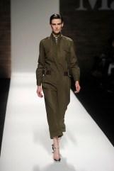 MaxMara fall 2012 fashiondailymag sel look 1
