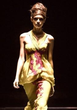 FideFW designer barney cheng fashiondailymag sel 4 Singfashionweek copy 2