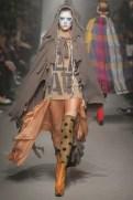 Vivienne Westwood Fall Winter 2013 fashiondailymag look 2